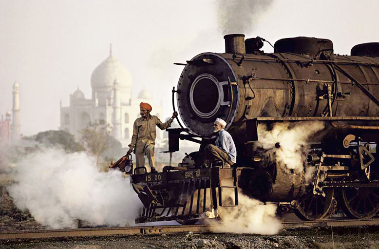 ©Steve McCurry India by Rail 1983 Phaidon Press